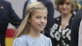 La infanta Sofía celebra su 12 cumpleaños sin la presencia de su madre, que está de viaje en Mozambique.