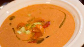 Una imagen de archivo de un plato de gazpacho.