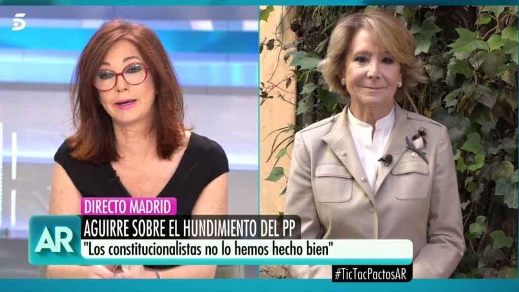 Ana Rosa Quintana y Esperanza Aguirre durante la entrevista de este martes.