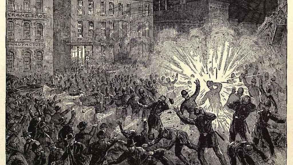 Grabado que recoge la explosión en la Revuelta de Haymarket