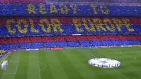 Tifo del Barcelona antes de medirse al Liverpool