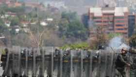Represión en las calles de Caracas en las manifestaciones del Primero de Mayo contra Maduro.