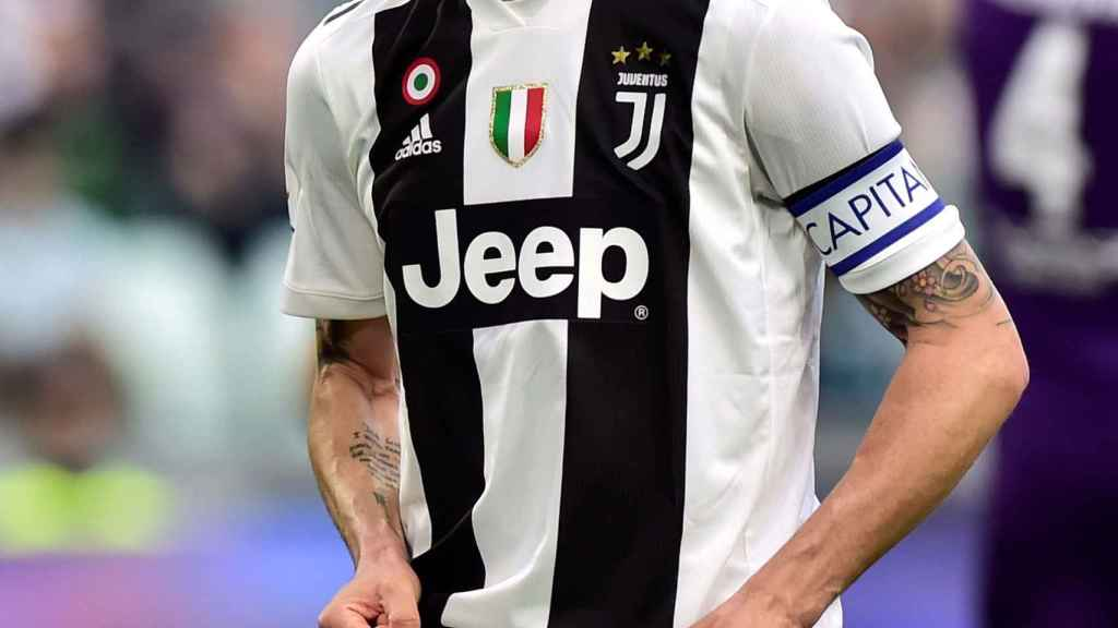 Bonucci se lamenta tras un fallo con la camiseta de la Juventus