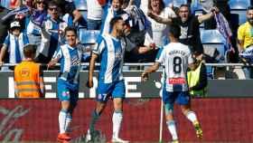 Borja Iglesias celebra su primer gol contra el Atlético