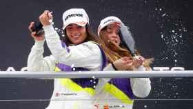 Marta García en el podio de Hockenheim