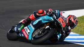 El piloto francés Fabio Quartararo traza un viraje, en el circuito de Jerez-Ángel Nieto.