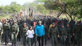 Maduro, con las tropas participantes en las prácticas.