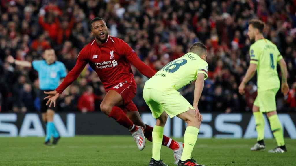 Jordi Alba ante el gol de Wijnaldum durante el Liverpool - Barcelona de la Champions League