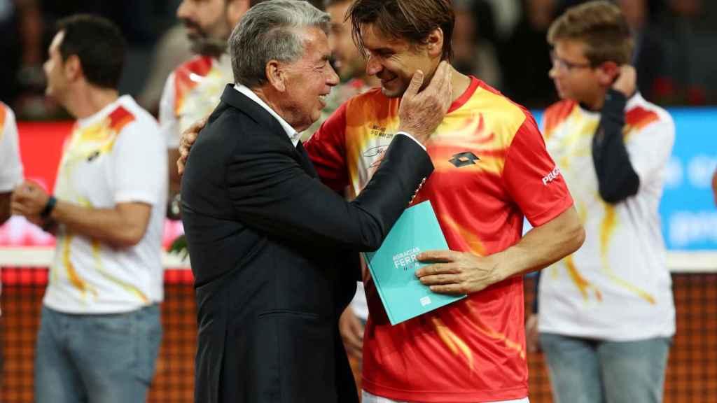 Homenaje a Ferrer tras caer en el Mutua Madrid Open