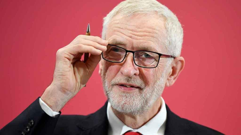 Corbyn aprovecha la campaña de las europeas para apostar por un nuevo referéndum del 'bréxit'