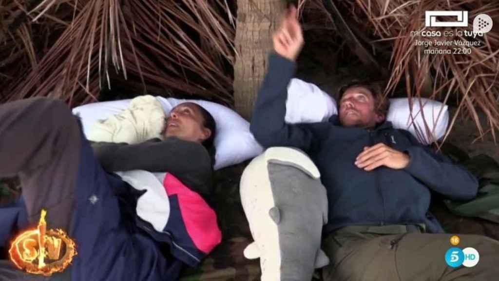 Isabel Pantoja y Colate han dormido en el mismo colchón.