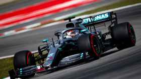 Hamilton durante los entrenamientos del GP de España