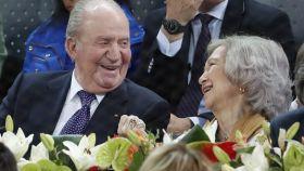 Los reyes eméritos Juan Carlos y Sofía en un partido de Rafa Nadal.