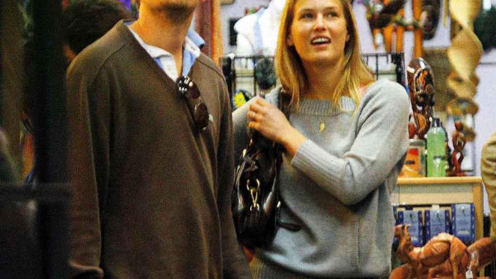Leonardo DiCaprio fue pareja de Bar Refaeli.