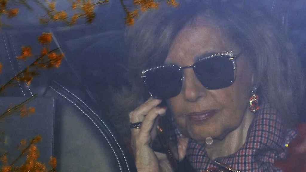 Teresa Campos en una imagen de archivo hablando por teléfono.