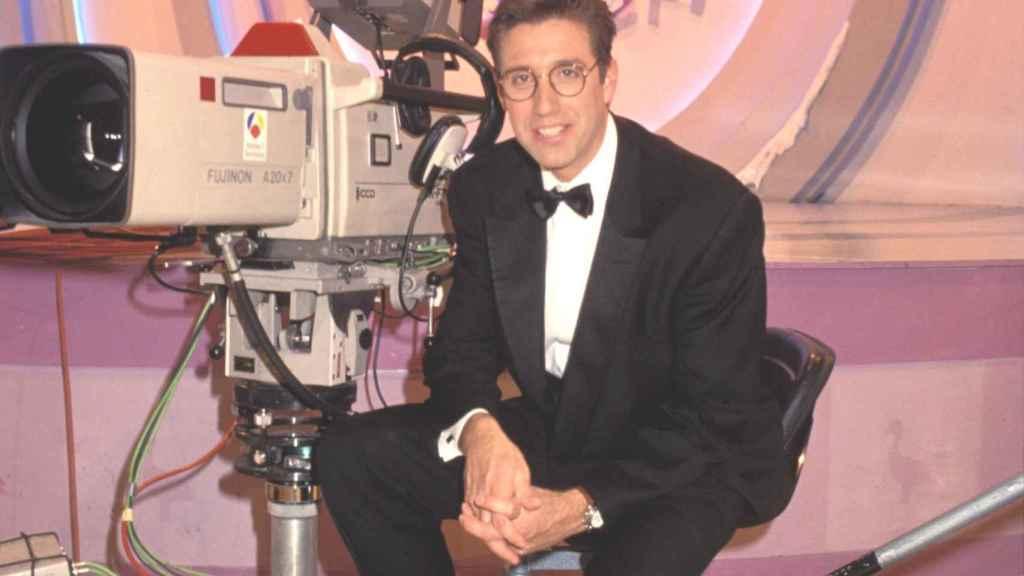 El presentador Emilio Aragón durante uno de los programas de 'El gran juego de la oca'.