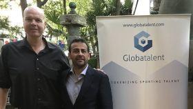El exjugador de baloncesto, Ferran Martínez, junto con Sunil Bhardwaj, ambos fundadores de Globatalent.
