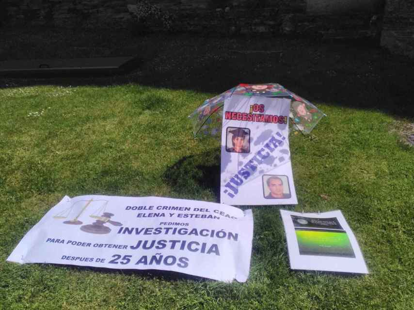 Manifestación de la familia frente a la Audiencia Provincial de Lugo.