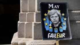 Una pancarta de detractores de May, en Londres.