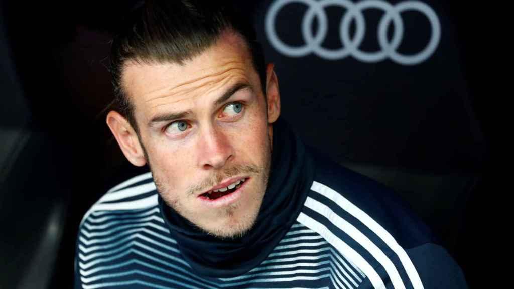 Gareth Bale en el banquillo del Santiago Bermabéu