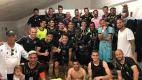 El CF Intercity celebra el fin de su liga antes de los playoffs de ascenso. Foto: Twitter (@CFIntercity)