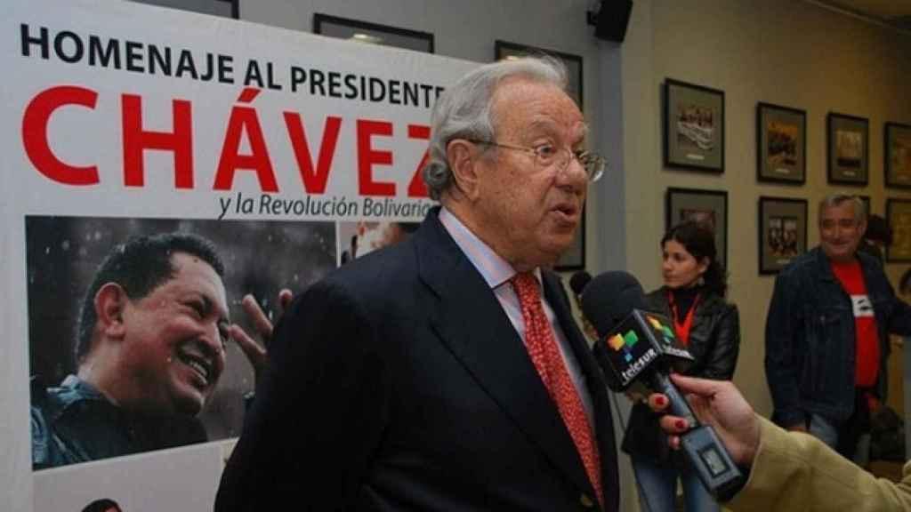 Raúl Morodo, exembajador de España en Venezuela, en un homenaje al comandante Hugo Chávez.