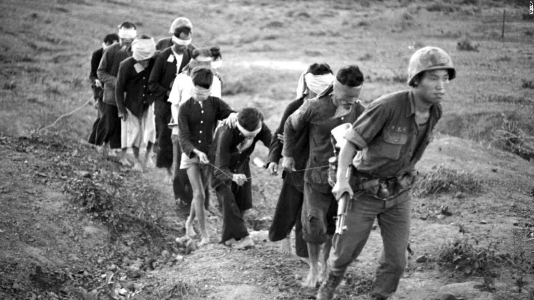 Civiles Enterrados Vivos Y Otras Atrocidades Ocultas De La Guerra De Vietnam Más Allá De Los Yanquis