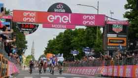Démare, ganador de la décima etapa del Giro de Italia. Foto: Twitter (@giroditalia)