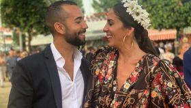 Omar Sánchez y Anabel Pantoja en el Real de la Feria de Sevilla.