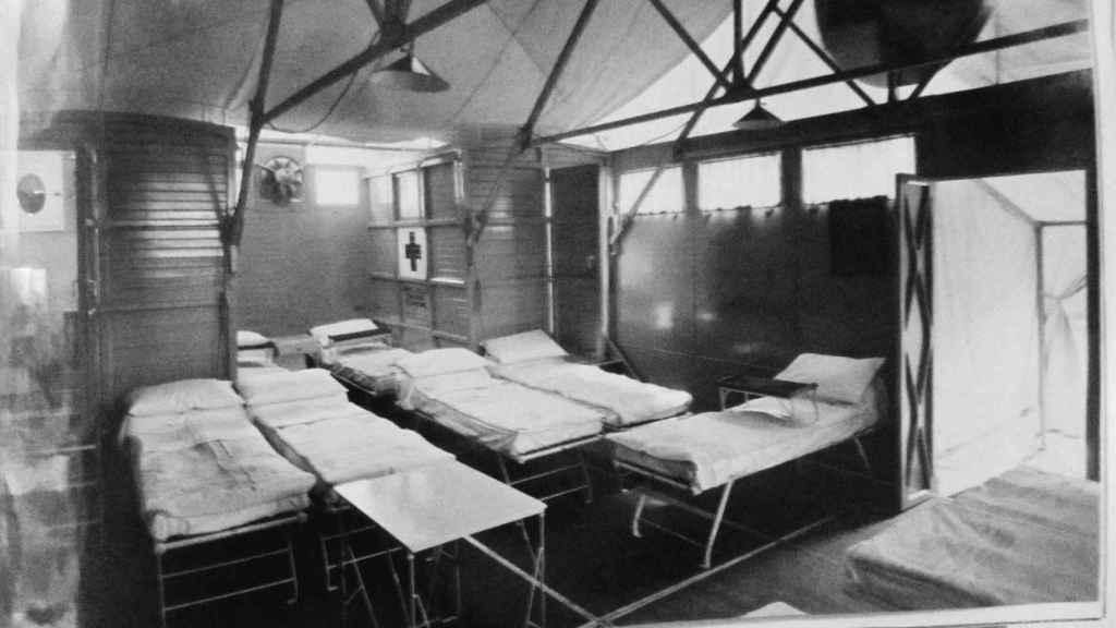 Un hospital improvisado durante la Guerra Civil.