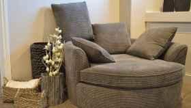 Tapiza tu sofá y dale una segunda vida