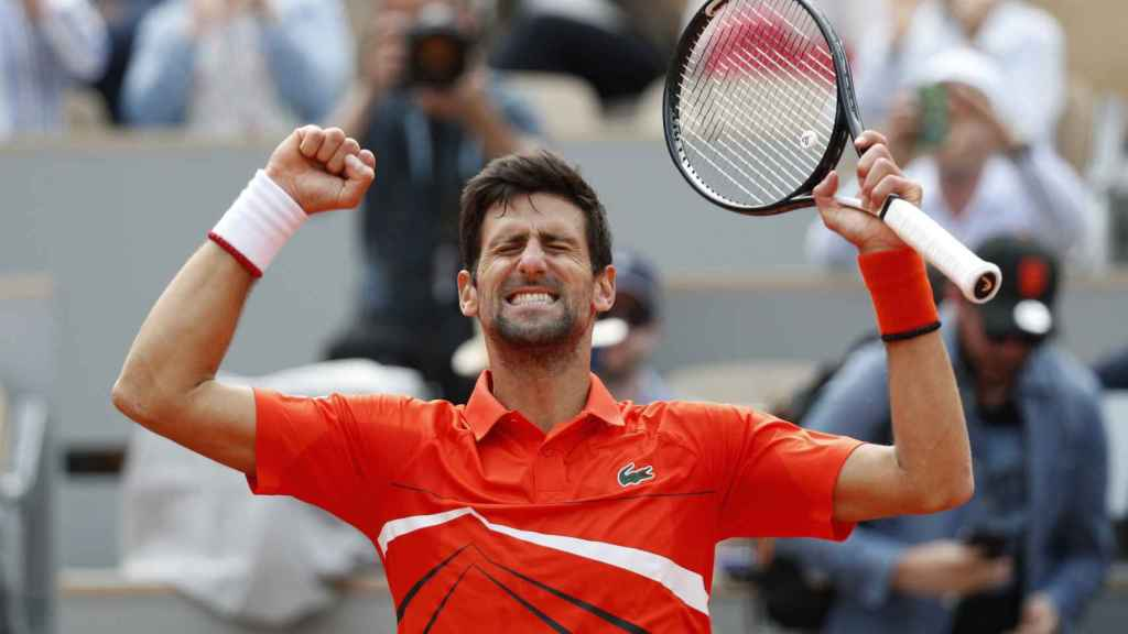 Djokovic pasa de primera ronda en Roland Garros