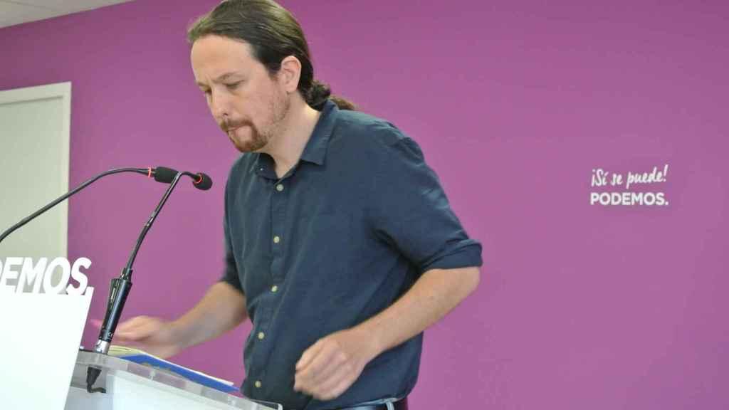 Pablo Iglesias, tras la debacle del 26-M en la sede de Podemos.