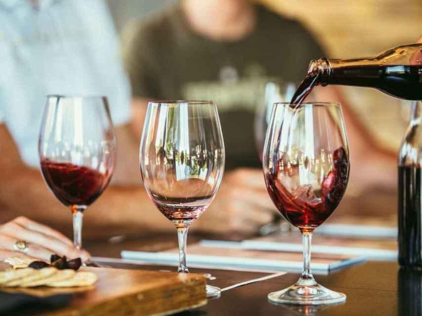 La globalización ha traído efectos buenos para el vino, asegura Jancis Robinson.