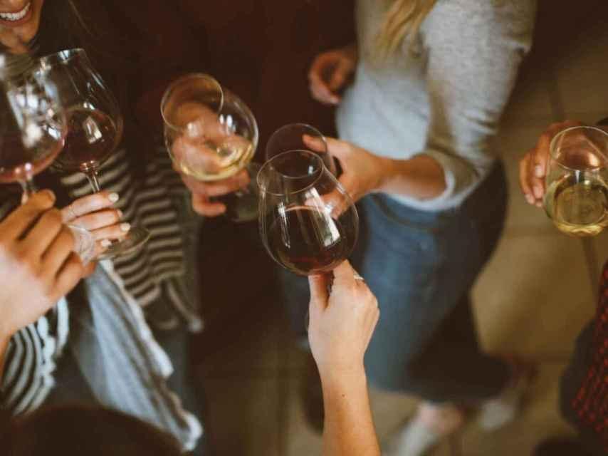 Hay que hacer del vino algo simple, aconseja Jancis Robinson.