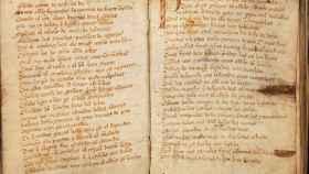 Dos páginas del códice único del 'Cantar de Mio Cid'