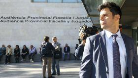Javier Santos en su llegada a los Juzgados de Valencia.