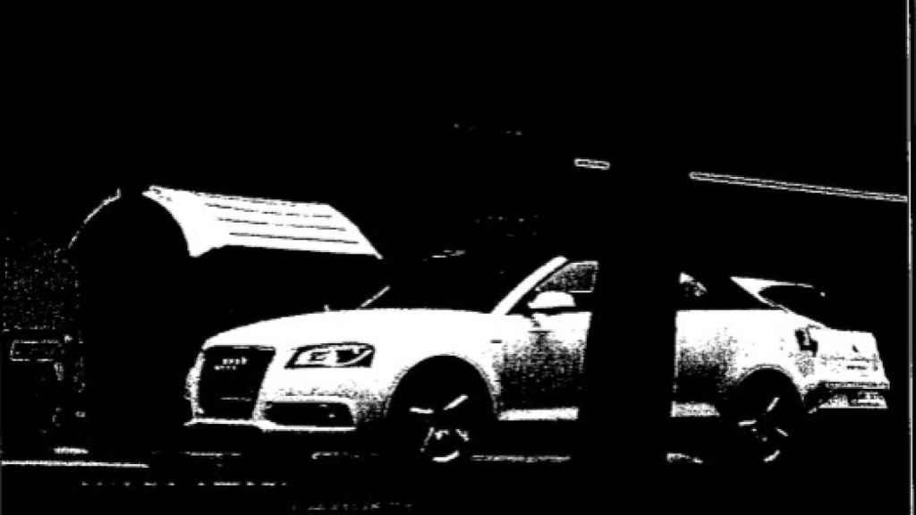 La vigilancia es clave en estos casos. Aquí, uno de los vehículos en los que se movían los miembros del clan.