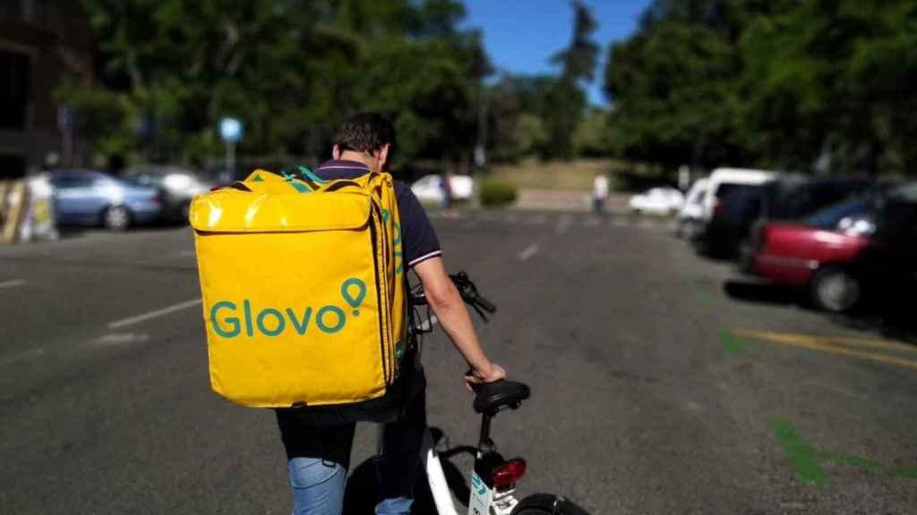Montamos en Glovo para iniciar nuestra jornada laboral.