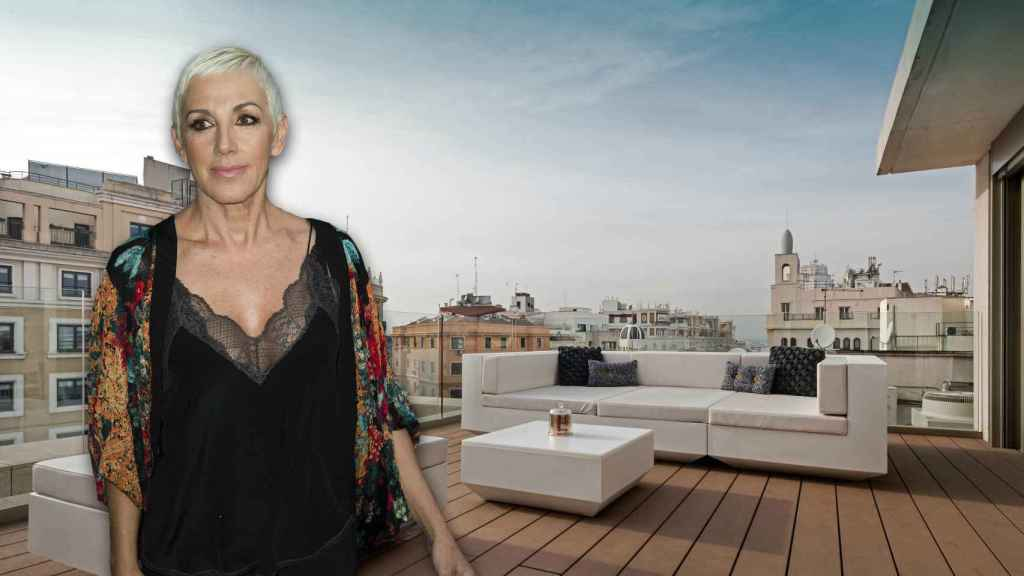Ana Torroja en un montaje de JALEOS en la terraza de su casa de Gran Vía.