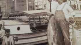 Imagen antigua del fundador del hotel, pescando en Cuba.