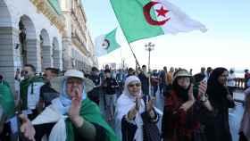 Protestas contra el régimen del dimitido Bouteflika.