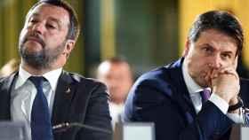 Matteo Salvini y Giuseppe Conte, viceprimer ministro y primer ministro de Italia, respectivamente.