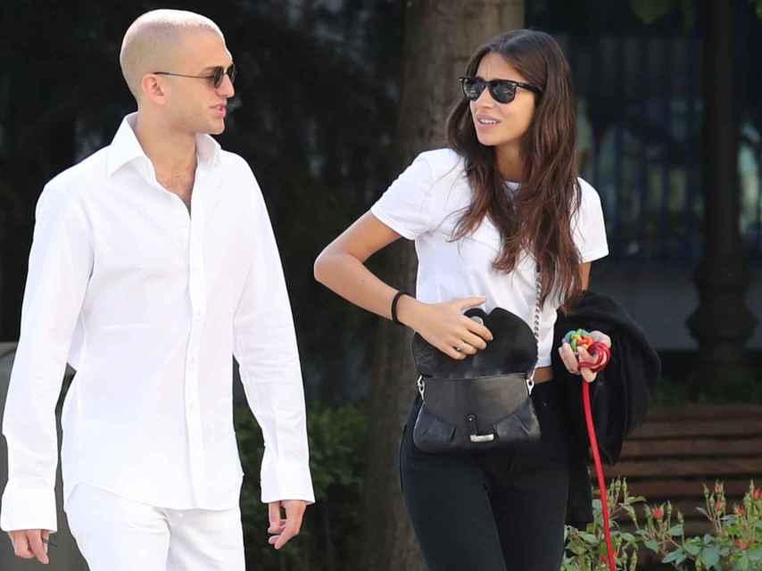 Rocío Crusset y el empresario italiano paseando por Madrid hace unas semanas.
