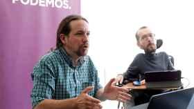 Echenique, junto a Pablo Iglesias en una comparecencia conjunta.