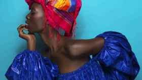 Modelo en la Dakar Fashion Week de Senegal.