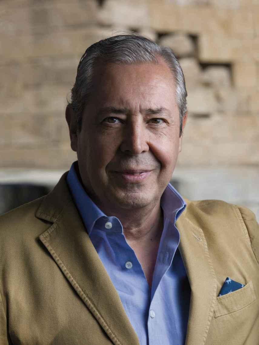 Antonio Cabanas.