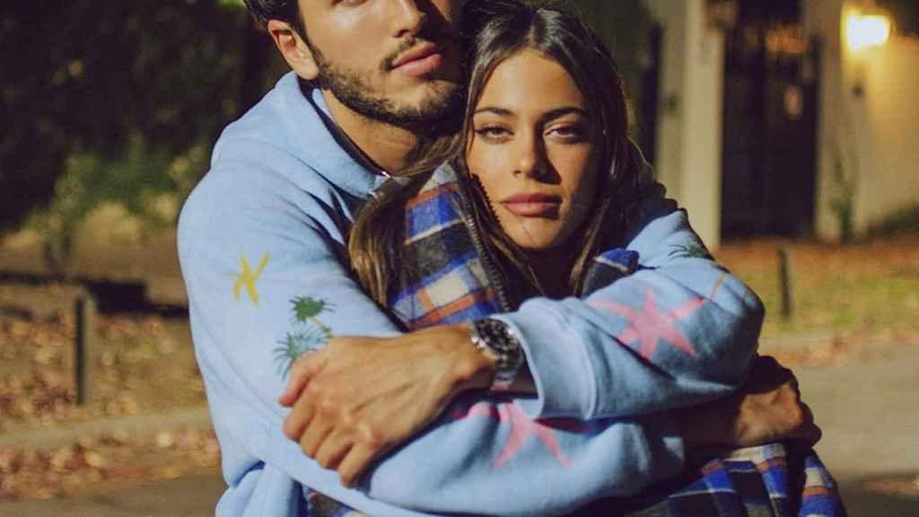 Sebastián Yatra y Tini Stoessel se han visto obligados a confirmar su relación.