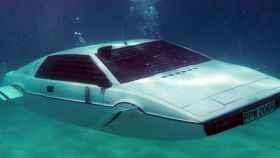 Coche submarino de Tesla 1
