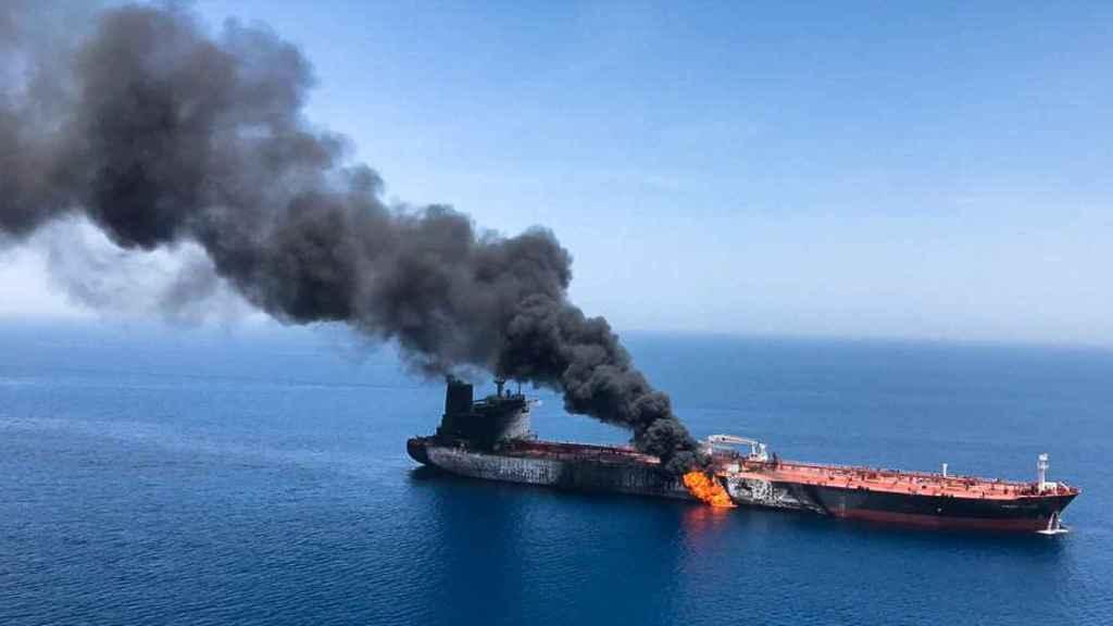 Los tripulantes de los buques atacados fueron evacuados
